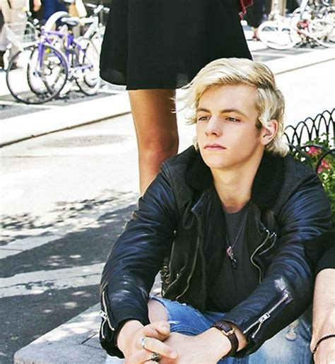 ross lynch new hairstyle 1000 images about ross lynch on pinterest ross lynch