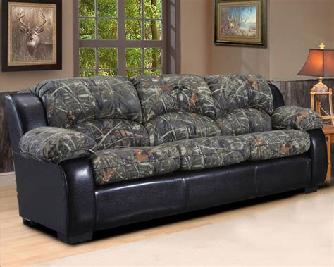 duck commander couch 17 best images about hunting living room on pinterest