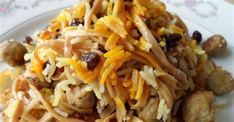 new year rice noodles savorychicks reshteh polo traditional noodle rice dish