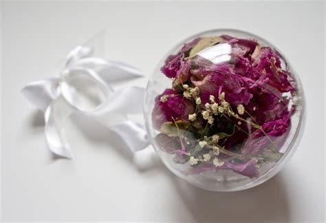 Wedding Bouquet Resin by How To Preserve Wedding Bouquet Everafterguide