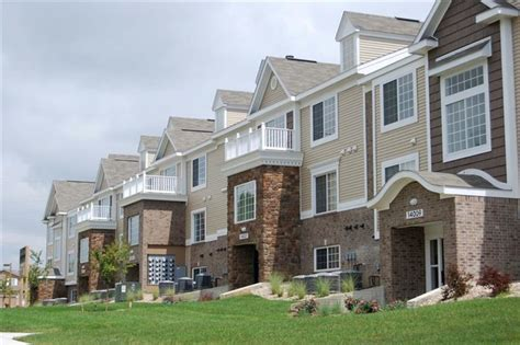 Colonial Appartments by Colonial Pointe At Fairview Apartment Homes Rentals