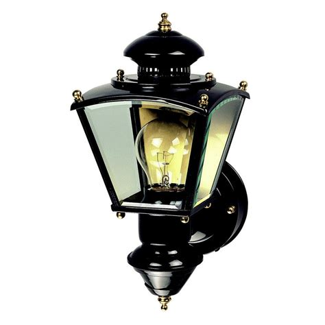 Light Sensing Outdoor Lights Heath Zenith 16 1 2 In Black Motion Activated Outdoor Wall Light Lowe S Canada