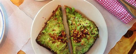 come si cucina l avocado come si prepara l avocado toast bigodino