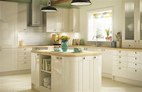 cream gloss kitchens ideas cream kitchens the best thing for your house