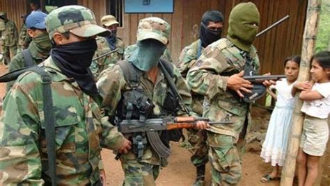 imagenes historicas farc abuso colombian rights activists killed in record numbers in
