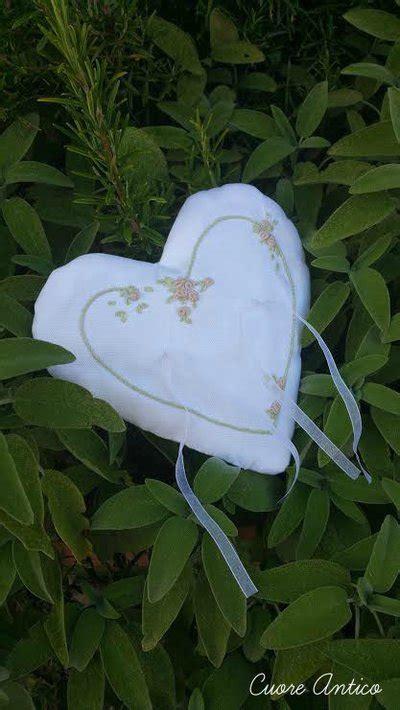 cuscino portafedi ricamato cuscino portafedi ricamato a mano feste matrimonio