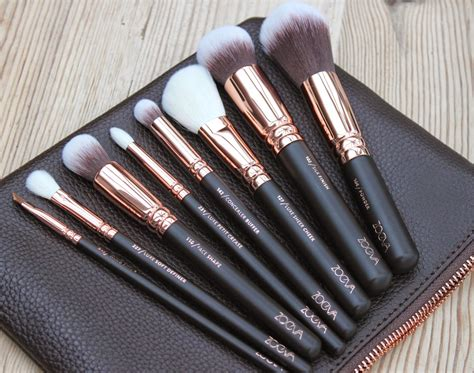 Brush Set Ysl le chic as gold zoeva gold makeup