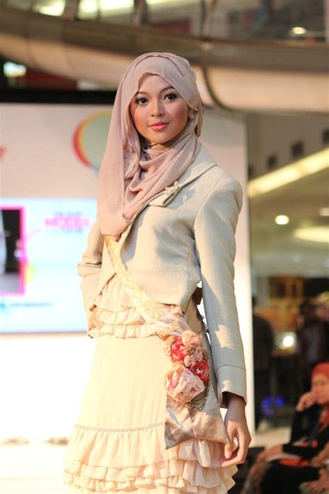tutorial hijab ria miranda 122 best hijab style n tutorial images on pinterest