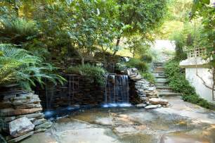 modern landscaping ideas with waterfalls on a wall