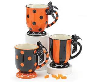 Peanuts Halloween Decorations Halloween Mugs And Dinnerware Webnuggetz Com