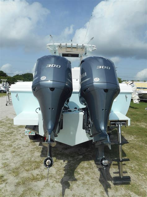 bluewater boats tequesta bluewater 2017 28 feet 2850 cc jupiter pointe club and