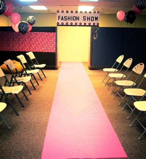 Fashion Show Decorations by 27 Best Images About Nyia S Fashion Show On Backdrops Runway And Birthday