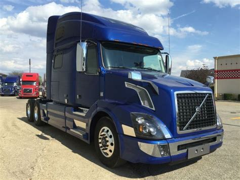 volvo vnl  cars camiones