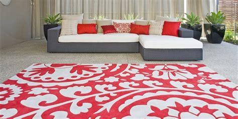 teppich rot weiß teppich ideen wertvolle tipps die ihnne beim