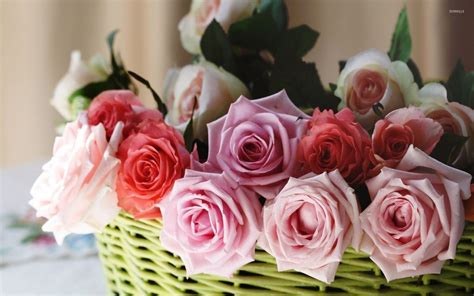 Bouquet Of Roses by Bouquet Of Roses In A Basket Wallpaper Flower Wallpapers