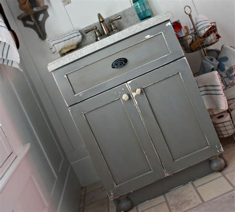 robb restyle diy chippy painted bathroom vanity