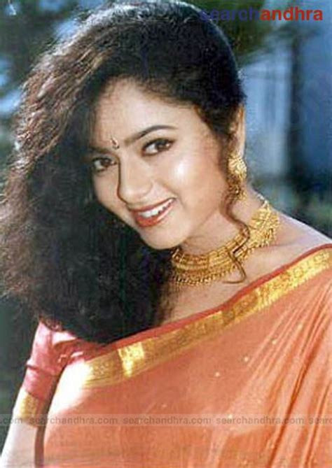 biography meaning of tamil soundarya photo gallery 7