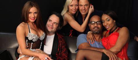 swing reality tv show casais americanos abrem o jogo sobre a pr 225 tica de swing em