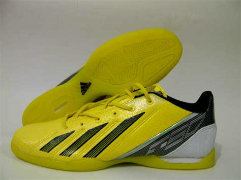 Sepatu Futsal Yang Bagus macam macam sepatu futsal sepatu memiliki kualitas yang