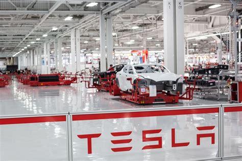 Tesla Vacancies Tesla Assembly Line Tesla Motors Office Photo Glassdoor