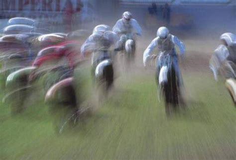 Motorradrennen Geschwindigkeit by G 252 Nter Wolf F1 Sport Motorrad Motocross Rennen