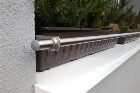 fensterbrett pflanzen befestigen modern 237 prvek na vaše okna nerezov 233 z 225 brany truhl 237 ků