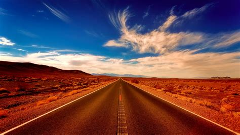 Desert highway ? Wallboat   Project of free stock photos