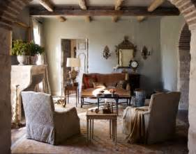 Farmhouse living room decorating ideas with grey wall paint and