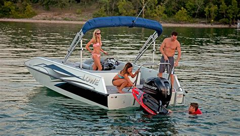 lowe sd224 fishing deck boat 2016 sd224 fishing ski aluminum deck boat lowe boats