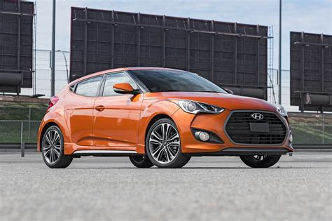 hyundai veloster turbo 2017 hyundai veloster turbo first test review motor trend