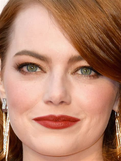 emma stone close up 28 of the best beauty looks at the oscars beautyeditor