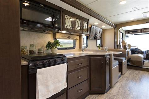 c kitchen thor motor coach 2017 class a motorhomes roaming times
