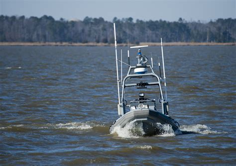 us navy sea fox boats autonomous devices working together in american exercise
