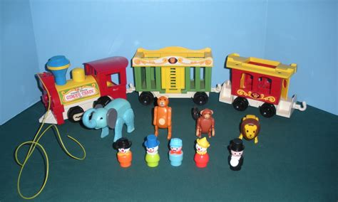 fisher price train vtg fisher price little people 991 3 car circus train
