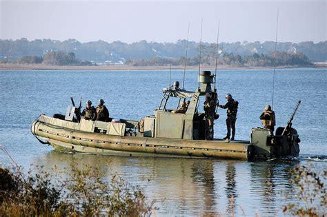 riverine boats defense studies philippines to receive riverine patrol
