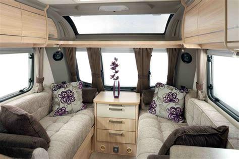 raamdecoratie caravan int 233 rieur de caravane comment l am 233 nager