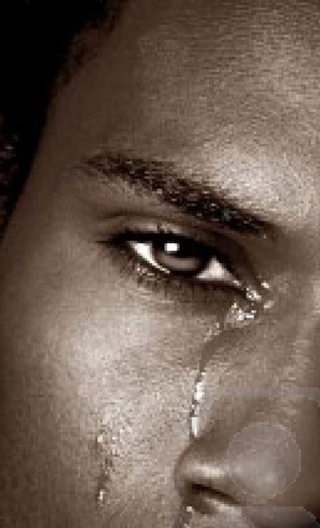 imagenes de viras llorando lagrimas de un hombre taringa