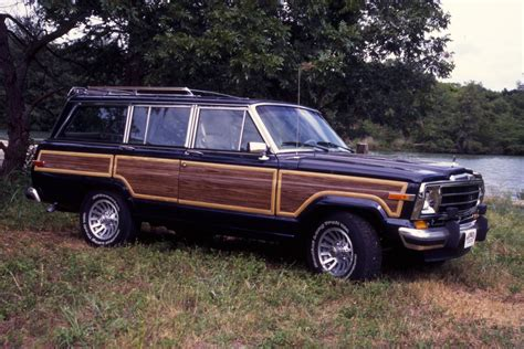 jeep wagoneer 2019 ultra plush jeep grand wagoneer coming back after 2019