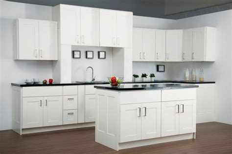 Melamine Kitchen Cabinets by Findley Amp Myers Malibu White Kitchen Cabinets Modern