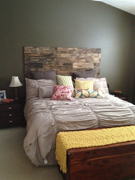 pallet bedroom ideas pallet headboard kid s bedroom ideas pinterest