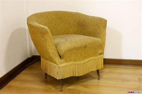 rifoderare divano fai da te come rivestire una poltrona fai da te foderare poltrona