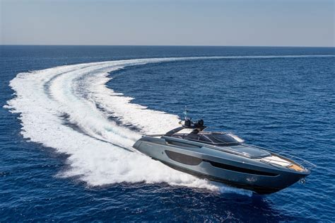 speed boat bahamas pictures the stunning 76 bahamas from riva ybw