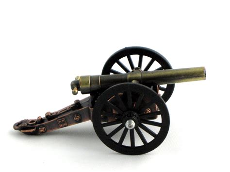 colonial cannon