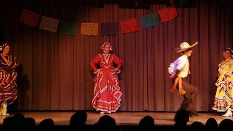 el baile de las 8491290125 agua azul quot el tranchete quot baile de tanz aus jalisco mexico youtube