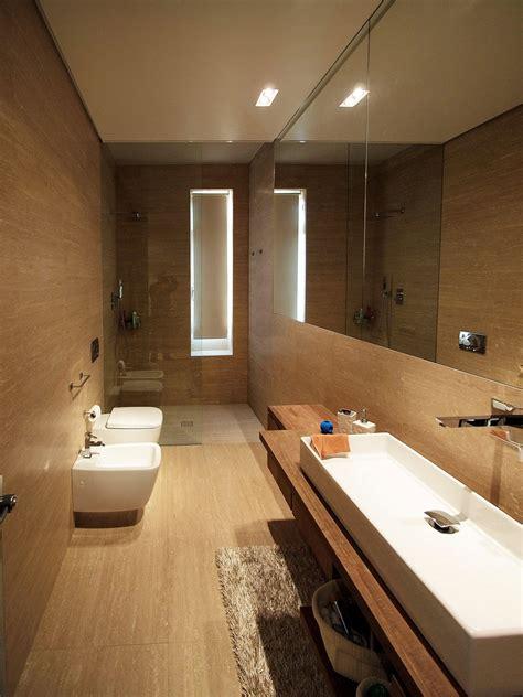 architettura bagno bagno eseguito dall architetto hannes peer di travertino