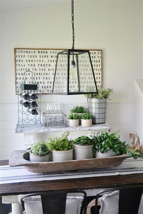 Decorating A Buffet Table Simple Stone Crock Centerpiece Liz Marie Blog
