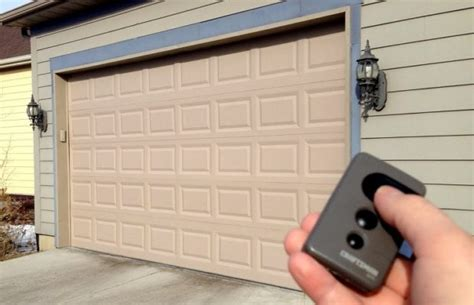 Best 5 Garage Door Lock Options You Can Opt For Angelos Best Garage Door Lock