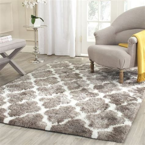 Shaggy Rugs For Living Room | brilliant rug sizes for living room using geometric