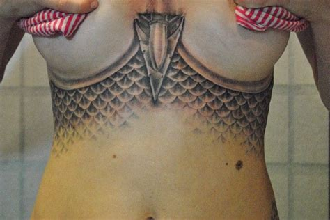 fish scales tattoo 25 best ideas about fish scale on