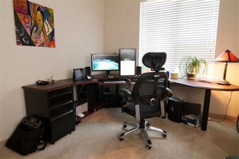 how to setup a home office in a small space これは参考になる スタイリッシュなpcデスク周りの写真56枚 らばq